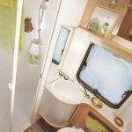 405_a_49dp_bathroom