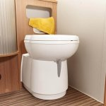 415_A_49DP_Attribute_Bathroom_TurnableWC