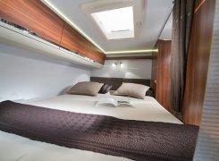 מיטה זוגית מפנקת