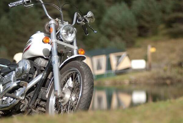 אופנוע אוהל קומנצה