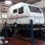 carvan-on-lift1